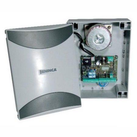 BRAINY24 vezérlés beépített 433Mhz vevővel, 2x120W, 24Vdc